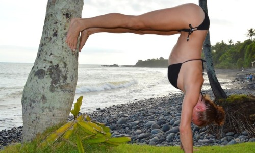 yoga-surf-retreat-mbs
